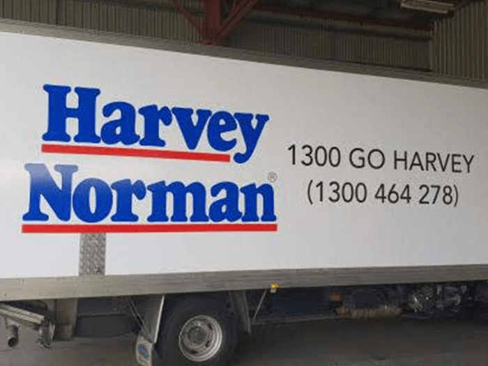 harvey norman truck with truckskinz advertising wrap application